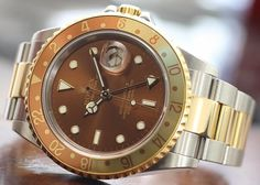 Learn all Rolex model's nicknames: Padellone, Bubbleback/Ovettone, Fat Lady/Sophia Loren, Double Red Sea-Dweller, Great White, Stelline, Solo, John Player Special, Pepsi, Root-Beer, Coke, Batman, Kermit, Hulk, Smurf, Polar, Jean-Claude Killy, President, Steve McQueen, James Bond, Pussy Galore, Paul Newman