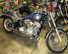 2007 Harley-Davidson Softail Standard 2932km  Custom paint set including seat #20 of 150, Stage 1 and chrome controls. #2346 $16,999