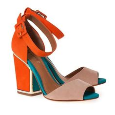 A cara do Verão Zara Fashion, Fashion Outfits, What Women Want, Comfy Shoes, Online Bags, Shoe Game, Block Heels, Shoes Sandals, Peep Toe
