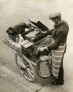 vsw:  A Musical Milkman …    from the Soibelman Syndicate News Agency Collection www.vsw.org