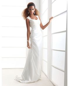 Eng anliegend Pinsel Schleppe Charmeuse Hochzeitskleid mit Applikationen durch LAN TING BRIDE® - EUR €133.82 ! ARTIKEL! Heiße Artikel zu unglaublich niedrigen Preisen sind jetzt im Angebot! Komm und schau sie dir, zusammen mit anderen Produkten an. Großartige Rabatte, Prämien für jeden deiner Einkäufe!
