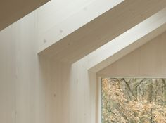 Image 12 of 17 from gallery of Sunlighthouse / Juri Troy Architects. Photograph by Adam Mork Wood Architecture, Amazing Architecture, Architecture Details, Architecture Interiors, Interior Design Courses Online, Interior Design Tips, Luz Natural, Solar, Open Plan Kitchen Living Room