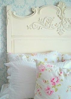 Defining a Style Series: What is Shabby Chic Design? Pretty Bedroom, Shabby Chic Bedrooms, Shabby Chic Cottage, Vintage Shabby Chic, Shabby Chic Homes, Shabby Chic Style, Shabby Chic Furniture, Shabby Chic Decor, Rose Cottage