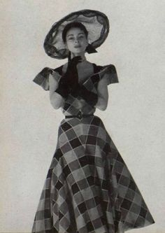 1951 Carven