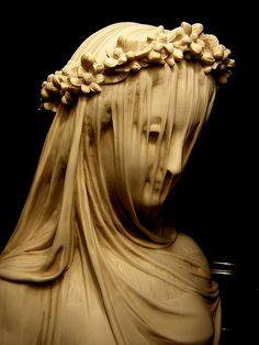 Veiled Vestal Virgin  I love beautiful statuary..