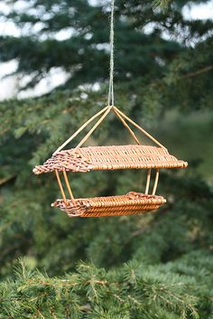 'Trough & Roof' willow craft bird feeder project - As featured in book: Willow Craft 10 Bird Feeder Projects