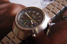 Seiko Helmet Chronograph Wristwatch  6139B 7100
