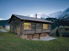 INS-1-2015-42-Stall-Haus-Lumbrein-Morger-Dettli-1.jpg