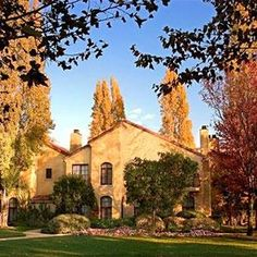 Vintners Inn - Set on a 92-acre site in Sonoma's wine country, this luxury, vineyard hotel is 0.3 miles from Highway 101