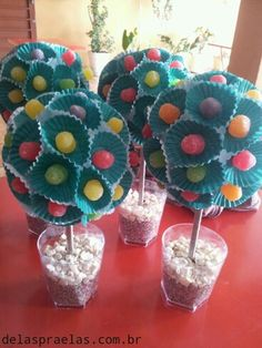 Arbolitos de goma Diy And Crafts, Crafts For Kids, Sweet Trees, Troll Party, Candy Crafts, Candy Bouquet, Candy Party, Party Centerpieces, Candyland