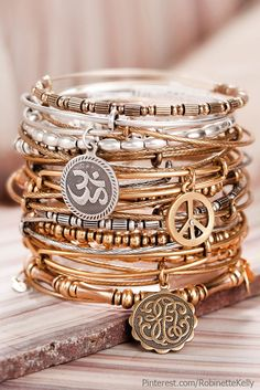Alex and Ani bracelets are great gifts with meaning. You can buy them directly from Alex and Ani stores/online or Nordstrom now sells them. I have one and I wear it with beaded bracelets, additional bangles and my gold Mickael Kors watch Hippie Style, Hippie Chic, My Style, Haute Hippie, Hippie Bohemian, Bohemian Style, Pulseras Alex And Ani, Alex And Ani Bracelets, Annie Bracelets