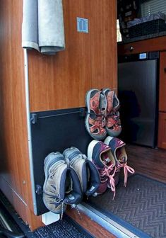 Full Time RV Living Tips and Tricks Camper Organization (38)