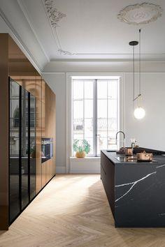 Modern Kitchen Design, Interior Design Kitchen, Kitchen Decor, Küchen Design, House Design, Italian Interior Design, Cocinas Kitchen, Kitchen Models, Classic House