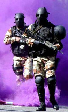 【画像あり】1度見たら忘れられない…台湾の特殊部隊のマスクが迫力あり過ぎる : まとめでぃあ