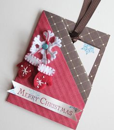 Really cute Double Pocket Fold Card christmas card - gift card holder Christmas Gift Tags, Handmade Christmas, Holiday Cards, Christmas Cards, Merry Christmas, Winter Christmas, Tarjetas Diy, Stampin Up Weihnachten, Gift Cards Money
