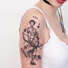 Resultado da Amazona de Sagitário criada para a Tattoo da Liese. ✨ @liesemf adoramos o visita mais uma vez, sempre cheia de muita risada, conversa e energia boa. Valeu ❤✌ @robcarvalhoart #tatuagem #sagittarius #zodiac #tattooart #tatuaje #blackwork #sp #tumblrgirl #tattooed #tattoos