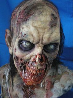 WALKING DEAD LIFE SIZE ZOMBIE BUST!!! FX STUDIO MADE- SIGNATURE EDITION 1 LEFT | eBay