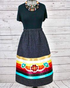 Native American Clothing, Native American Fashion, Traditional Skirts, Traditional Outfits, Shirt Skirt, Dress Skirt, Powwow Regalia, Native Fashion, Jingle Dress