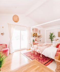 The Mindwelling: Unser Hauptschlafzimmer enthüllen! - Home Design Home Decor Bedroom, Living Room Decor, Modern Bedroom Furniture, Bedroom Apartment, Home Interior, Interior Design, Stylish Bedroom, Simple Bedrooms, Cozy Bedroom