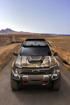 Chevrolet Colorado ZH2 Fuel Cell Vehicle Is The Future Of Off-Roading - #army #carporn #Chevrolet #military