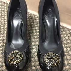 Auth Tory Burch shoes Good condition. Size 7 1/2 Tory Burch Shoes Heels