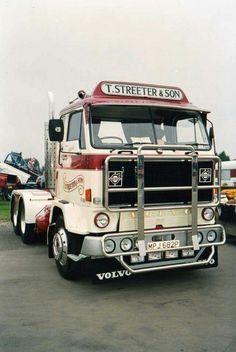 Volvo F 88. Classic Trucks, Classic Cars, Volvo Trucks, Axe, Rigs, Cars Motorcycles, Cool Cars, Scandinavian, Modern