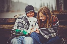 a couple with their cute dog http://www.alisonmayphotography.com/