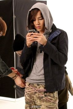 JKS - how can he look so beautiful even when he isn't even trying??