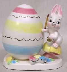 """Wonderful 1960 Napco Easter planter featuring a rabbit with brush painting a large Easter egg! Measures 5"""" wide and 5 1/2"""" in height. Dated 1960. No cracks, chips or hairlines. Favorites List ! Be sure to add ddavidd to your.   eBay!"""