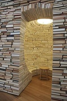 Talk about a book nook!