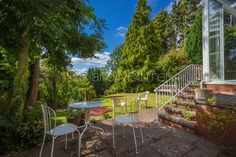 #BrixandMortimer A Detached house with planning (3 year duration) to build an additional fronted house with stunning views and situated within 150 metres of #Ledbury high street www.brixandmortimer.com #estateagents