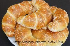 Paleo, Creative Food Art, Arabic Food, Ciabatta, Canapes, Bread Baking, Doughnut, Bakery, Food And Drink