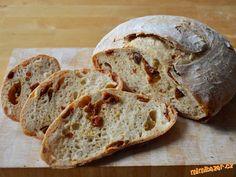 Chléb se sušenými rajčaty (od Maškrtnice)