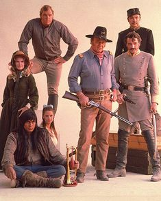 John Wayne, Rock Hudson, Roman Gabriel, Merlon Olson - The Undefeated John Wayne Quotes, John Wayne Movies, Hollywood Stars, Classic Hollywood, Old Hollywood, Donna Reed, Piper Laurie, Cinema Tv, Rock Hudson