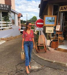 11 French Models with Amazing French Girl Style Parisian Summer, Parisian Chic, French Summer, French Girl Style, French Girls, Estilo Cowgirl, French Outfit, French Street Fashion, French Models