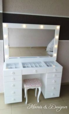 DIY Vanity Mirror With Lights for Bathroom and Makeup Station Vanity Dresser in 2020 Beauty Room Decor, Makeup Room Decor, Makeup Rooms, Ikea Makeup, Diy Makeup, Diy Vanity Mirror, Vanity Room, Vanity Set, Bedroom Decor For Teen Girls