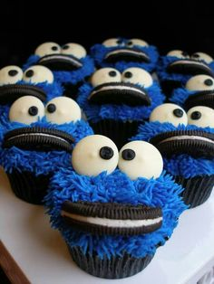 60 ideas for cookies monster cupcakes baking Cookies Cupcake, Cookie Monster Cupcakes, Baking Cupcakes, Cupcake Recipes, Cupcake Cakes, Elmo Cupcakes, Baking Cookies, Monsters Inc Cupcakes, Cupcakes For Boys
