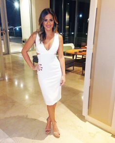 See every outfit Jojo Fletcher has worn on every episode of the Bachelorette so far: