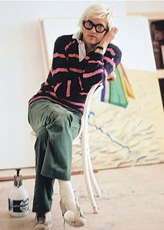 Hockney's haberdashery highlighted his hues.
