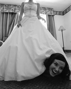 16 Funny Wedding Pictures You Won't Be Seeing in an Album (funny wedding pictures, funny wedding photos) - ODDEE