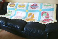 Vintage Quilt Handmade 50s 60s Prairie Sunbonnet Butterflies Cottage Shabby Chic