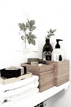Wood, beautiful bottles, otherwise decant in muji bottles, olive branch fits . - Deko - Home Sweet Home Diy Bathroom, Simple Bathroom, Bathroom Styling, Bathroom Interior, Bathroom Ideas, Family Bathroom, Bathroom Renovations, Bathroom Designs, Mirror Bathroom