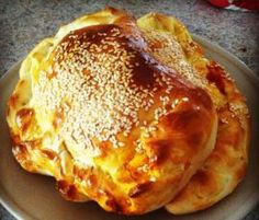 Recipe calzone by Thermomix, learn to make this recipe easily in your kitchen machine and discover other Thermomix recipes in Baking - savoury. Thermomix Bread, Savory Tart, Bread And Pastries, Calzone, Recipe Community, Quick Bread, Main Meals, Afternoon Tea, Breakfast Recipes