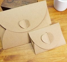 Handmade Brown Paper Bag Mini Envelope Heart Kraft Vintage Envelopes Retro Stationery Set Wholesale Price * Pub Date: Feb 12 2017 Mini Envelopes, Paper Envelopes, Korean Stationery, Stationery Set, Envelope Kraft, Greeting Card Storage, Retro, Kraft Paper, Paper Gifts