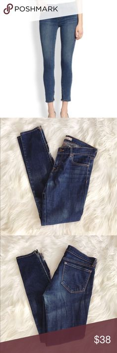 """• J Brand • Skinny Zipper Ankle Cropped Jeans - J. Brand - Skinny  - Zippers on the bottoms  -  Color: ink  - Size 29  - Rise 8""""  - Inseam 29"""" J Brand Jeans Ankle & Cropped"""