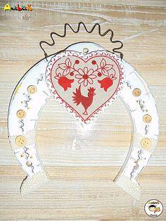anjelicek / Dekorácia na zavesenie - Podkova Decorative Plates, Home Decor, Decoration Home, Room Decor, Interior Design, Home Interiors, Interior Decorating