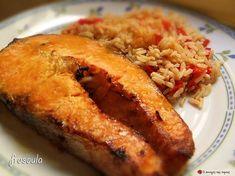 Σολομός με πορτοκάλι - λεμόνι Salmon Recipes, Fish Recipes, Seafood Recipes, Snack Recipes, Dessert Recipes, Cooking Recipes, Healthy Recipes, Fish Dishes, Seafood Dishes