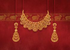 Gold Jewelry Design In India Gold Bangles Design, Gold Earrings Designs, Gold Jewellery Design, Necklace Designs, Gold Designs, Designer Jewelry, Jewellery Display, Designer Wear, Tanishq Jewellery