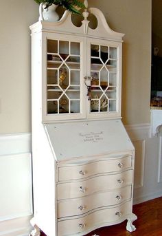 Vintage Secretary Desk Makeover Ideas - Within the Grove Paint Furniture, Furniture Projects, Furniture Making, Home Furniture, Rustic Furniture, Furniture Websites, Furniture Vintage, Furniture Stores, Outdoor Furniture