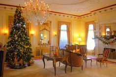 Colorado Governor's Mansion - The Drawing Room's tree had a Victorian theme, including Victorian era toys surrounding the base of the tree.